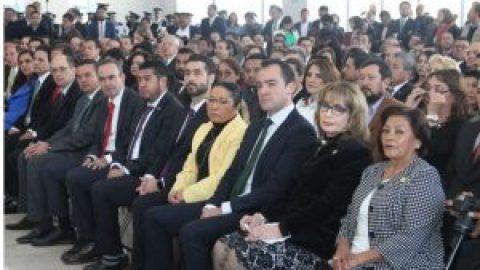 MAGISTRADOS DEL TRIBUNAL DE JUSTICIA ADMINISTRATIVA DEL ESTADO DE  PUEBLA ASISTEN A LA CEREMONIA CONMEMORATIVA DE LA CONSTITUCIÓN  POLÍTICA DE LOS ESTADOS UNIDOS MEXICANOS EN SU CII ANIVERSARIO