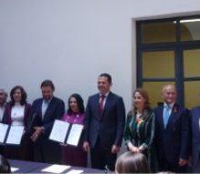 MARÍA DE LOURDES DIB Y ÁLVAREZ, MAGISTRADA PRESIDENTA DEL TRIBUNAL DE JUSTICIA ADMINISTRATIVA DEL ESTADO DE PUEBLA, ASISTE COMO TESTIGO DE HONOR A FIRMA DE CONVENIO DE COLABORACIÓN ENTRE EL CONSEJO CIUDADANO DE SEGURIDAD Y JUSTICIA DEL ESTADO DE PUEBLA Y EL SISTEMA ESTATAL ANTICORRUPCIÓN