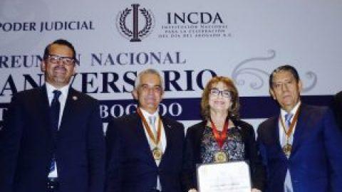 TJAEP RECIBE RECONOCIMIENTO DE LA INSTITUCIÓN NACIONAL PARA LA CELEBRACIÓN DEL DÍA DEL ABOGADO