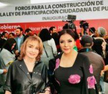 MARÍA DE LOURDES DIB Y ÁLVAREZ, MAGISTRADA PRESIDENTA DEL TRIBUNAL DE JUSTICIA ADMINISTRATIVA DEL ESTADO DE PUEBLA, ASISTE A LA INAUGURACIÓN DE LOS FOROS PARA LA CONSTRUCCIÓN DE LA LEY DE PARTICIPACIÓN CIUDADANA DE PUEBLA